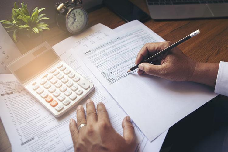 Steuerthemen zum Jahreswechsel 2020/2021 - Rokitta ...